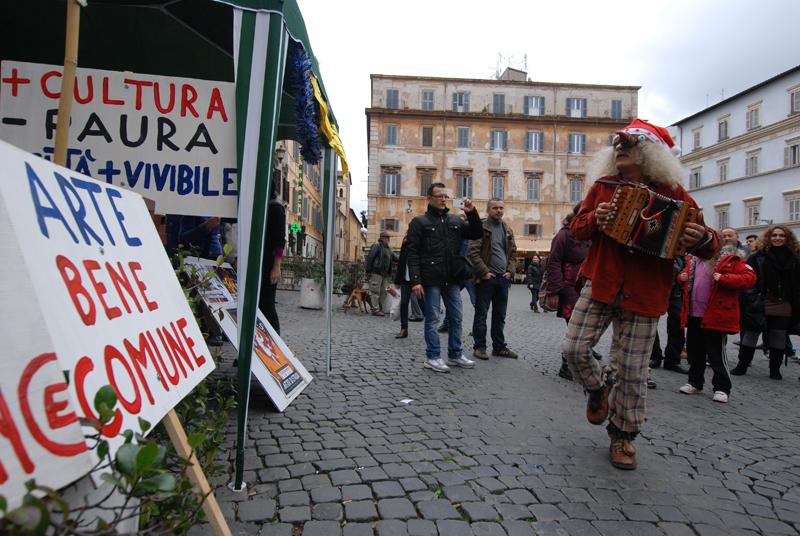 Trastevere, buskers ancora in protesta contro la delibera del Campidoglio