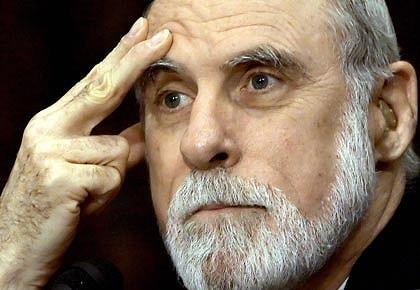 Vint Cerf ha inventato insieme a Bob Kahn inventò il protocollo TCP/IP. E' il padre di Internet