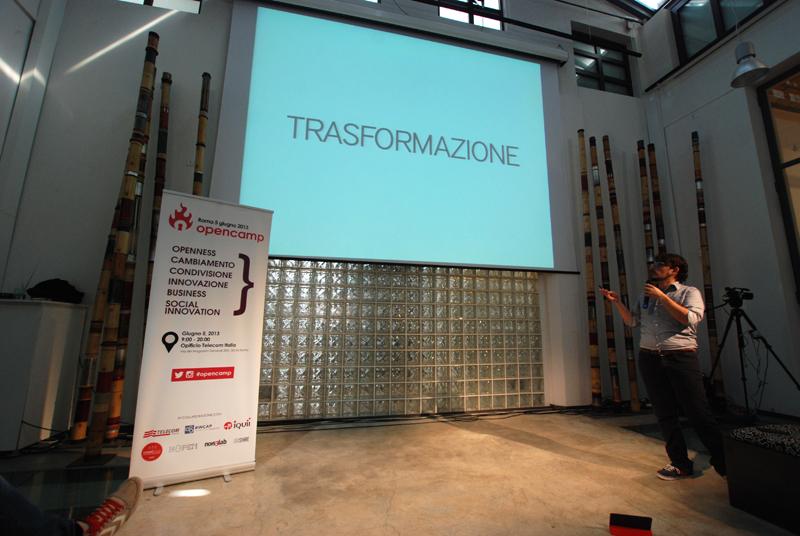 Simone Cicero apre OpenCamp2013