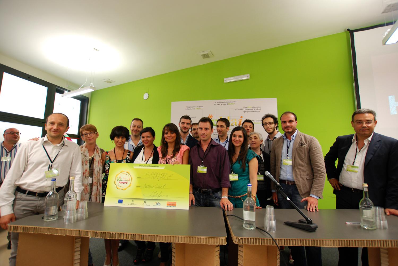 i 9 finalisti del progetto Kublai 2013. Una giornata al The Hub a San Lorenzo tra pitch e momenti di teatro